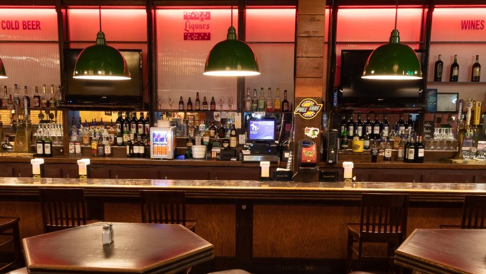 Cloverleaf Bar
